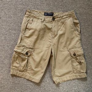 American Eagle classic cargo shorts. Men's 30.